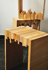 woodworking stool from scraqps